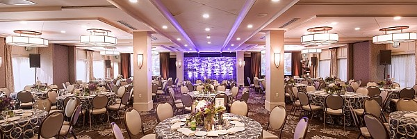Indoor & Outdoor Wedding Venues Rochester NY | Woodcliff