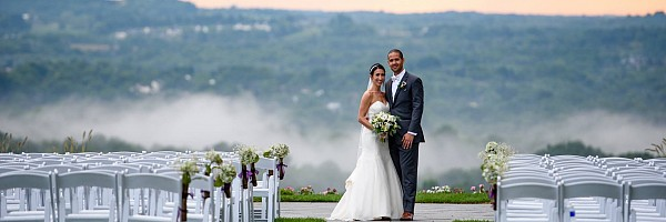 Indoor & Outdoor Wedding Venues Rochester NY   Woodcliff
